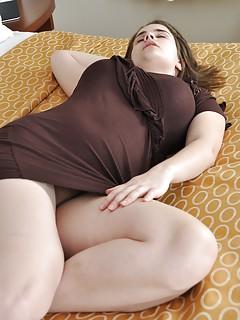 Big Tits Upskirt Pics